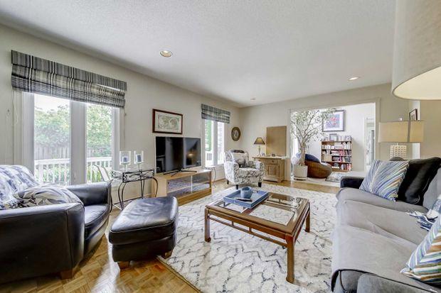 این خانه در ریچموندهیل ظرف دو روز ۱۳۰ هزار دلار بالاتر از پیشنهاد فروخته شد